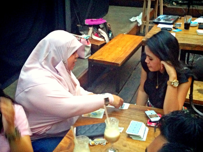 Sesi Tarot Reading Oleh @kikisuriki